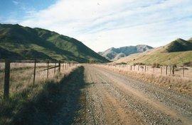 Schotterstraße bei Blenheim, Neuseeland